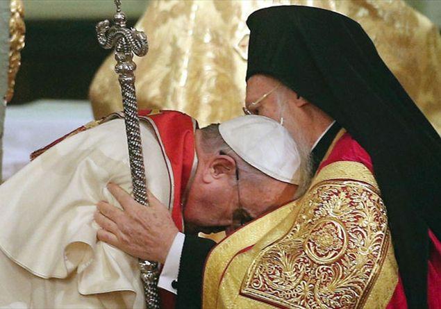 papa-francesco-e-bartolomeo_2049347
